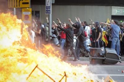 pour - L'Espagne brûle, après la Grèce et avant la France. Espagne-brc3bble1