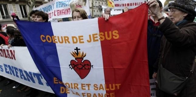 La France chrétienne a le droit de se défendre!