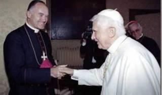 Le pape sous sa kippa...